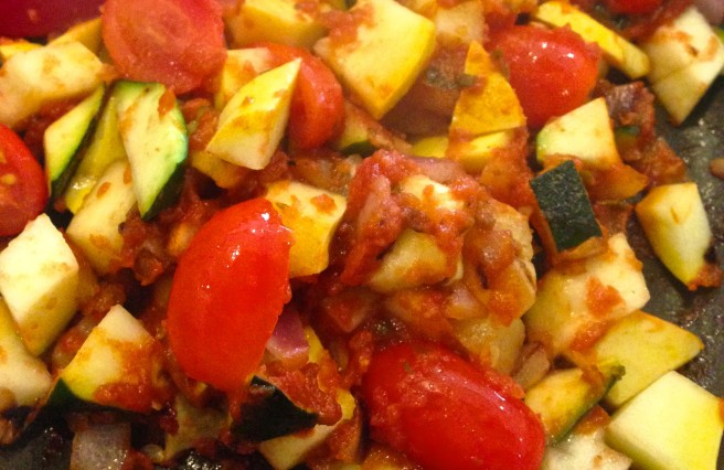 spicy veggie egg scramble