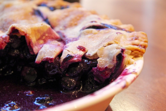 simple homemade blueberry pie